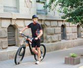 Kaj vključuje obvezna kolesarska oprema?