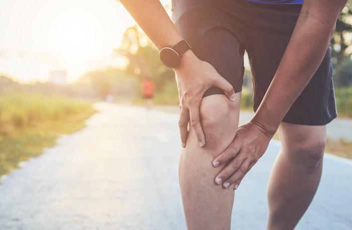Tek in težave s koleni