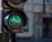 10 pravil, ki jih morate na cesti upoštevati kolesarji